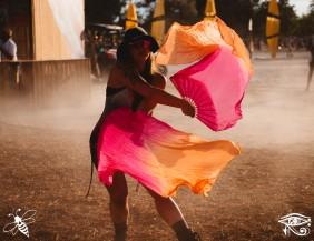 dancer-flow-lib-photo-bridgette-mitchell-conscious-electronic-bee-the-light-media